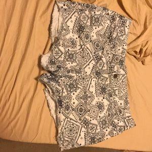 Faded glory bandana shorts size:14